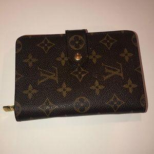 Louis Vuitton Bifold Zippe